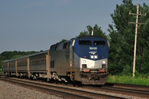 Amtrak_Train_No._383_the_Illinois_Zephyr_pulled_by_AMTK_17